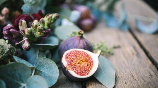 fruits in weddings